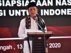 Kepala BNPT Komjen Pol. Dr. Boy Rafli Amar, M.H. saat memberi kata sambutan pada Deklarasi Kesiapsiagaan Nasional di GOR Pondok Pesantren Qomarul Huda, Desa Bagu, Kabupaten Lombok Tengah, (13/11/2020).